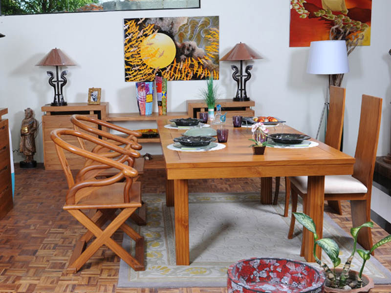 MANASTERE DINING TABLE IN TEAKWOOD w/extension