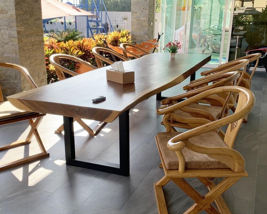 Timber dining